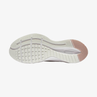 NIKE tenisice WMNS QUEST 3