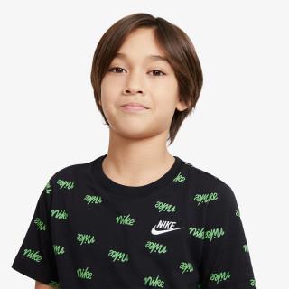 NIKE dječji t-shirt B NSW SCRIPT AOP LBR