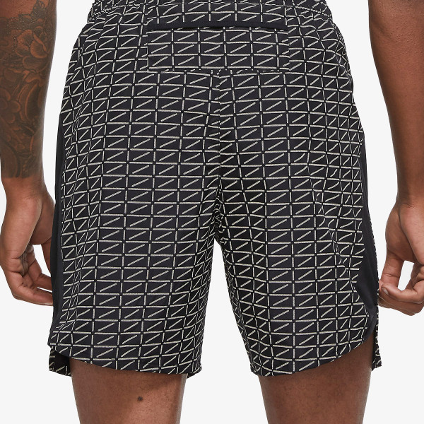NIKE shorts M NK RUN DVN CHLLGR FL 7IN BF