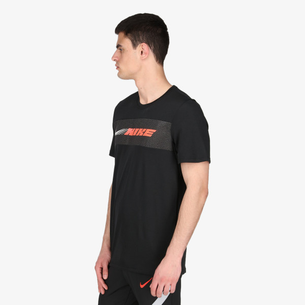 NIKE t-shirt M NK DRY SUPERSET SS SC ENERGY